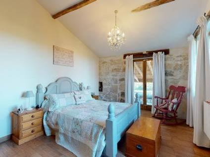 property for sale in Gironde bedroom 2